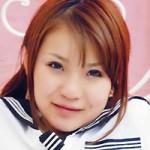 木○優樹菜に激似の美少女・鈴木さゆみがイメージ撮影にチャレンジ。
