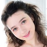 本日より高画質HD WHITE ANGEL vol.3 北欧の美少女 Anna.Cが配信スタートです!